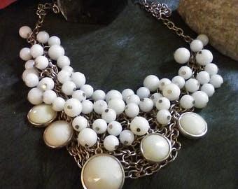 Retro beaded necklace