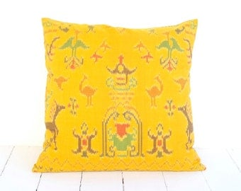 Ikat, Cotton, Hand Woven, 16 x 16, Zip Enclosure, Yellow