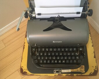 """1950's Remingtin Rand """"all-new"""" manual typewriter with case"""