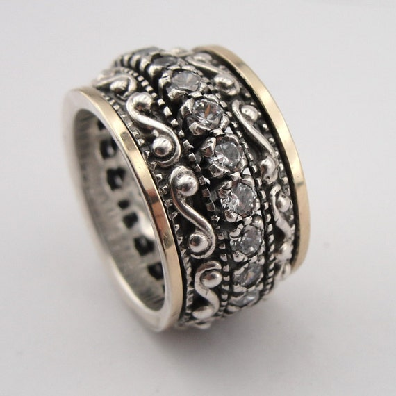 Great 9k  Gold and 925 Sterling Silver CZ Swivel Band Ring size 8.5, wedding ring, birthday gift