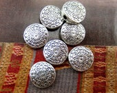 24 Flat round beads antique silver textured spacers tibetan style lead safe silver floral beads Bus749(T5),