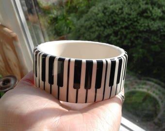 Vintage Black & White Piano Key Resin Bangle Bracelet Super
