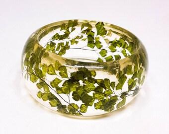 Size Large Fern Resin Bangle.  Green Bangle Bracelet.  Pressed Flower Bangle - Maidenhair Fern.  Real Flowers. Handmade Resin Jewelry.