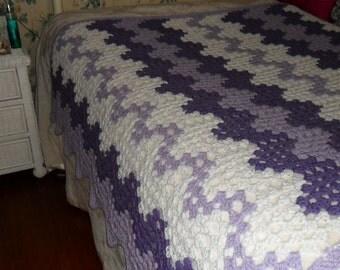 Crochet Afghan(90inW x 60in) - Crochet Blanket - Crochet Bedspread ''CONTEMPORARY GRANNY RIPPLE'' in Lavender-Lilac-White