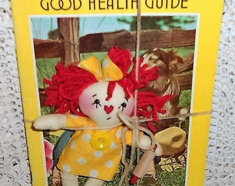 Handmade Lil' Healthy Cookin' Raggedy Annie Doll & Vintage Rawleigh's Good Health Guide Almanac Cookbook HAFAIR