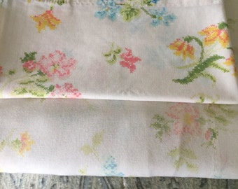 Vintage Floral Flat Sheet with a Matching Pillowcase, bed sheets, sheet set, floral sheets, Shabby Chic Sheets,