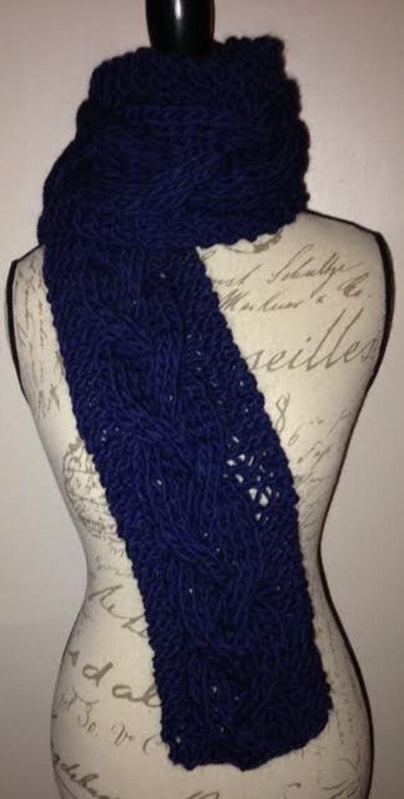 Chunky Braid Cable Scarf