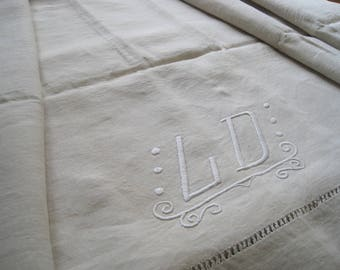 Antique French pure linen sheet, or a wonderful bed cover, blind, curtain or light upholstery, beautiful fabric