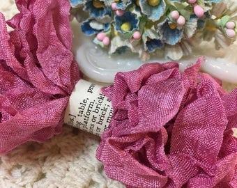 Shabby Rose Crinkled Seam Binding Trim