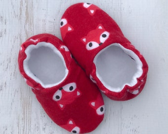 Fox shoes - baby shoes - baby booties - soft sole shoes - red fox moccs - toddler shoes - slipper shoes - crib shoes