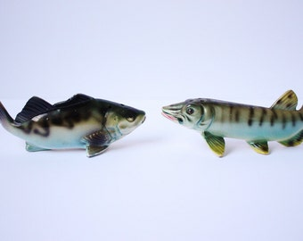 Vintage Retro 1960s JAPAN Yellow Perch and Northern Pike S and P Salt Pepper Shakers Ceramic