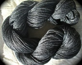 Wet Spun Linen Yarn Soft & Durable Charcoal Gray Spinning and Weaving