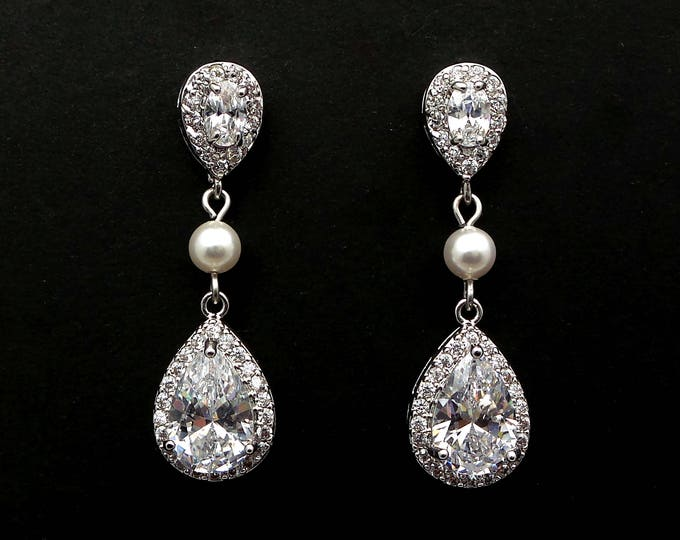 bridal jewelry wedding jewelry bridal earrings wedding earrings Clear white teardrop cubic zirconia teardrop cz post round pearl connectors