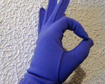 My Hands Look Great Vintage Lavendar Purple Driving  Gloves