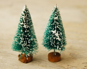 Vintage 90s Bottle brush Christmas Trees/Woodland/Craft