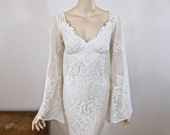 Hippie BOHEMIAN Wedding Dress Vintage Lace Wedding dress BELL Sleeves Handmade  Boho Wedding Dress Ivory Lace Dress Sz Medium