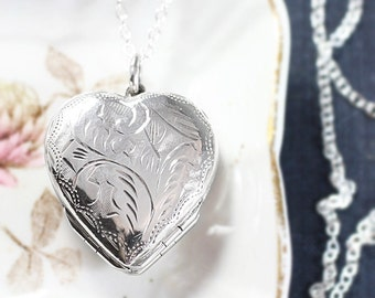 Large Four Photo Heart Sterling Silver Locket Necklace, Vintage 4 Picture Family Pendant - Folded Clover
