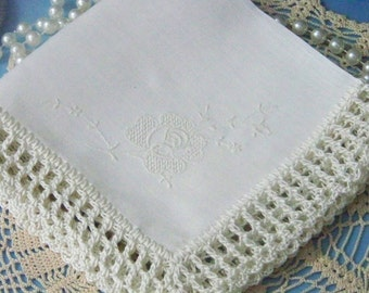 Off White Handkerchief, Hanky, Hankie, Ivory, Hand Crochet, Lace, Lacy, Ladies, Embroidered, Floral, Bridal, Something Old,  Ready to ship,
