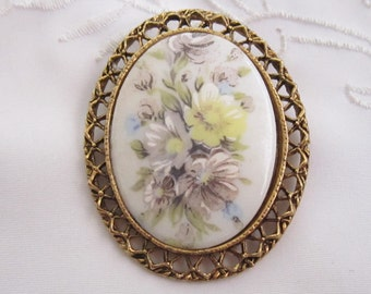 Vintage Large Oval Brooch with Openwork Edging and Flowered China Setting