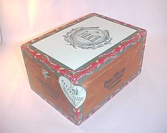 Wood Cigar Box Farach Franciscos from Nicaragua
