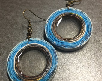 """n. 68 BLUE & COPPER open coil with resin recycled paper pierced earrings w/ glass beads measure 1.5"""""""