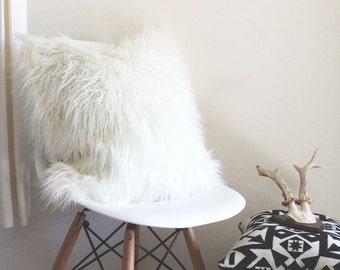 Furry Ivory Pillow Cover - faux llama fur - ivory - 22X22 - fur pillow - decoraive pillow cover - ready to ship