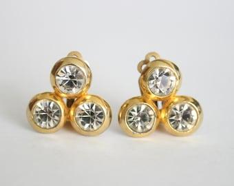 Vintage crystal earrings.  Clip on earrings. Vintage jewellery