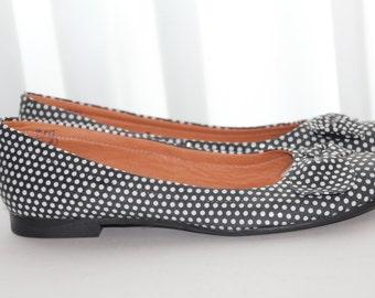 80s Ballerina Shoes Black 80s flat shoes Polka dots Shoes Polka dots ballerina shoes Black leather flats