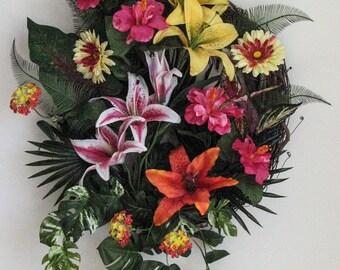 Summer Wreath, Tropical Lilies, Wreaths for Front Door,Tropical Wreath, Door Wreath, Outdoor Door Wreath, Front Door Wreath, Seasonal Decor