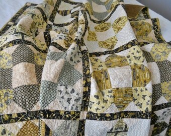 Vintage Garden Couch Quilt Lap Quilt Throw Quilt Brown Cream Free Motion Leaves Bedding Bed Cover Topper Hoes seeds Rakes