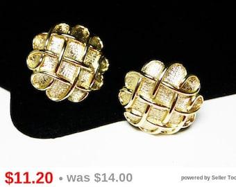 Coro Goldtone Basket Weave Earrings - Comfort Screw Clip on's - Designer Signed Vintage Jewelry