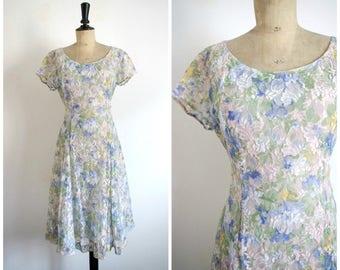 Vintage 80s Style 50s Flowery Printed Midi Dress / Medium Size