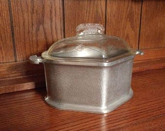 Guardian Ware Roaster with Lid / Hammered Aluminum Triangular Heart Shaped Roaster with Glass Lid / Vintage Guardian Service / 2 Available