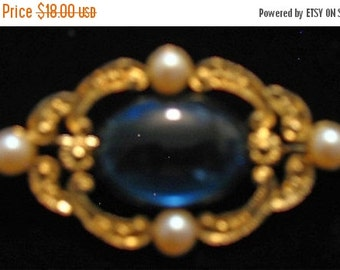 Vintage 1950s MINT Blue Glass Victorian Style Brooch With Pearl Accents