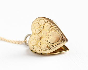 Vintage 12k Rosy Yellow Gold Filled Heart Locket Pendant Necklace - WWII 1940s Era Sweetheart Flower Embossed Romantic Love Charm Jewelry