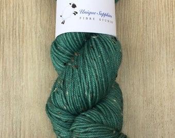 Kettle Dyed Superwash BFL Donegal Tweed DK Weight Yarn in Mallard Colorway