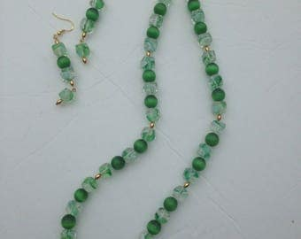 Green Cat's-Eye Glass and Glass Cube Necklace and Earrings