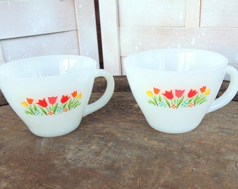FIRE KING. Kitchen Cups. white glass. milk glass. coffee cups. tea cups. Anchor Hocking. 1950s kitchen. set of 2. TULIPS. gift idea.
