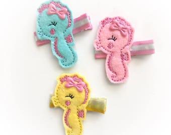 Seahorse Felt hair clip, baby hair clip, girl hair clip, barrette / feltie / emboidered