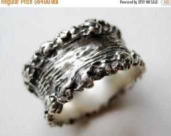 HOLIDAY SALE Vintage Modernist Ring Brutalist Sterling Silver Band Ring size 9