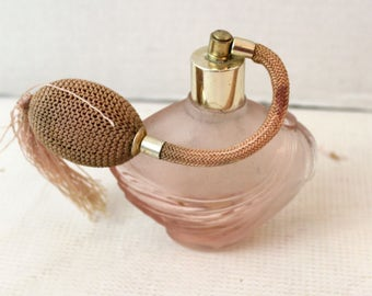 old fashion perfume bottle atomizer pink glass