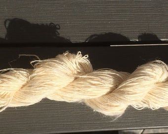 Hand spun Vegan Hemp Yarn 50 gr White Spin Flora plant fiber fibre eco knitting weaving crochet