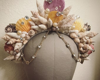 Queen of the Sea - Mermaid shell Crown - Gold Rhinestone dangling headdress headpiece Unique vintage ocean siren photoshoot fascinator crown