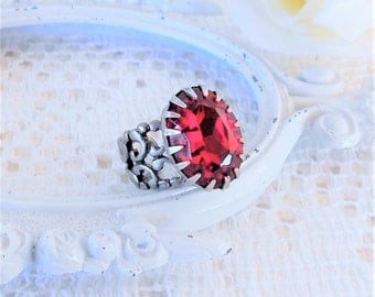 Dark Ruby Ring, Crystal Ring, Red Ring, Statement Cocktail Ring, Adjustable Ring, Vintage Style Ring, Estate Jewelry, Antique Silver Ring