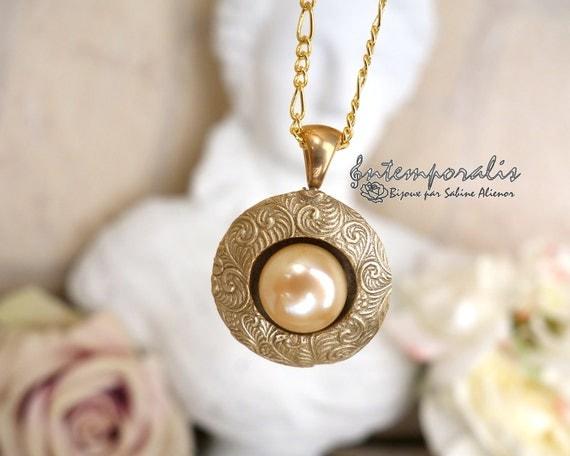 Bronze and Swarovski cabochon perfume diffuser SADP22