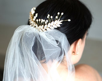 Bridal Hair Comb,Swarovski Hair Comb,Rhinestone Hair Comb,Bridal Hair Accessories, Pearl Hair Comb,Bridal Silver Hair Comb,Bridal Jewelry