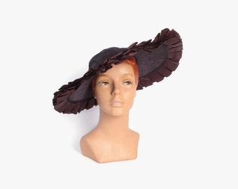 Vintage 30s Platter HAT / Wide Brim 1930s Ruffled Eggplant Purple Hat