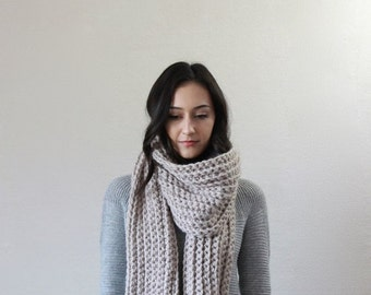 End of season SALE chunky scarf. knit scarf. oversized knit scarf . chunky knit scarf // Le Mans - LINEN