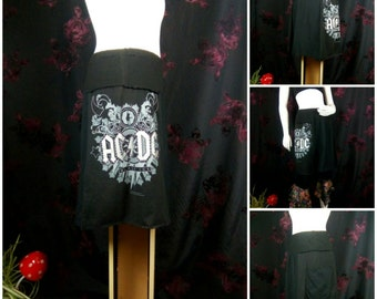 AC/DC tee skirt in black upcycled by Niknok