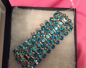 Bracelet rhinestone bling! profuse crystals-chunky stretch Aqua Blue turquoise teal Silvertone, new vintage 80s